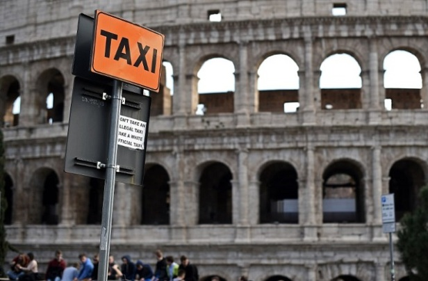 ITALY-TRANSPORT-TAXI-STRIKE